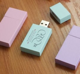 Pendrive_madera-colores-870x579-1